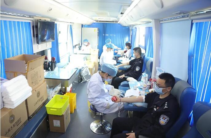 无偿献血也是支持抗疫
